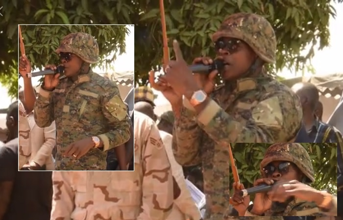 Chameleone speaking at Moze Radio's funeral in Nakawuka-Kagga