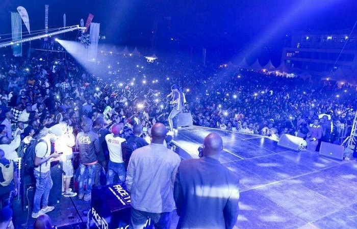 The turn up at Wizkid show in Kampala was massive